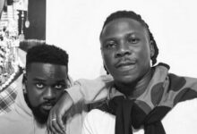 stonebwoy and sarkodie - Download Ghana Mp3 Music, Naija Afrobeat and DJ Mixtape on Ghana Melody : Ghana Latest Music and Songs Download